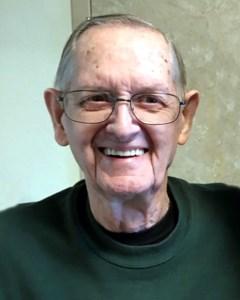 Robert Eugene  Long