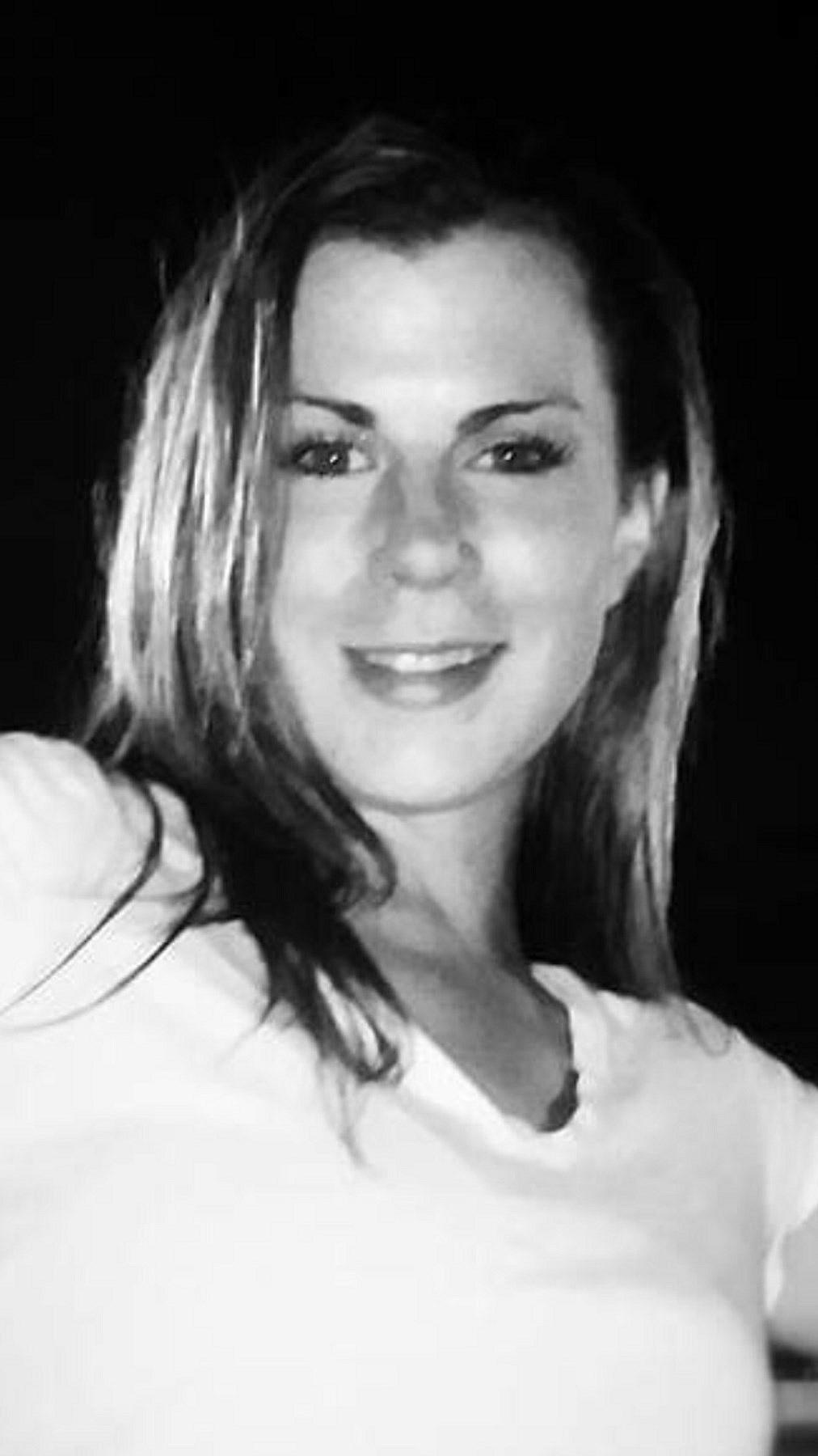 Sara Elizabeth  McElroy