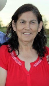 Julia A  De La Hoya