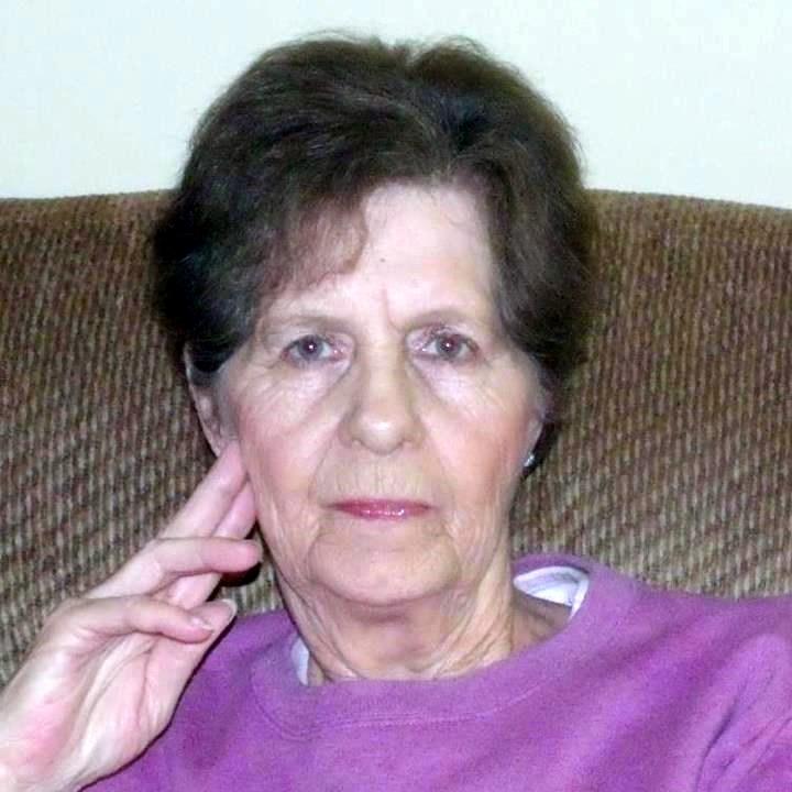Linda Gayle  Roberts