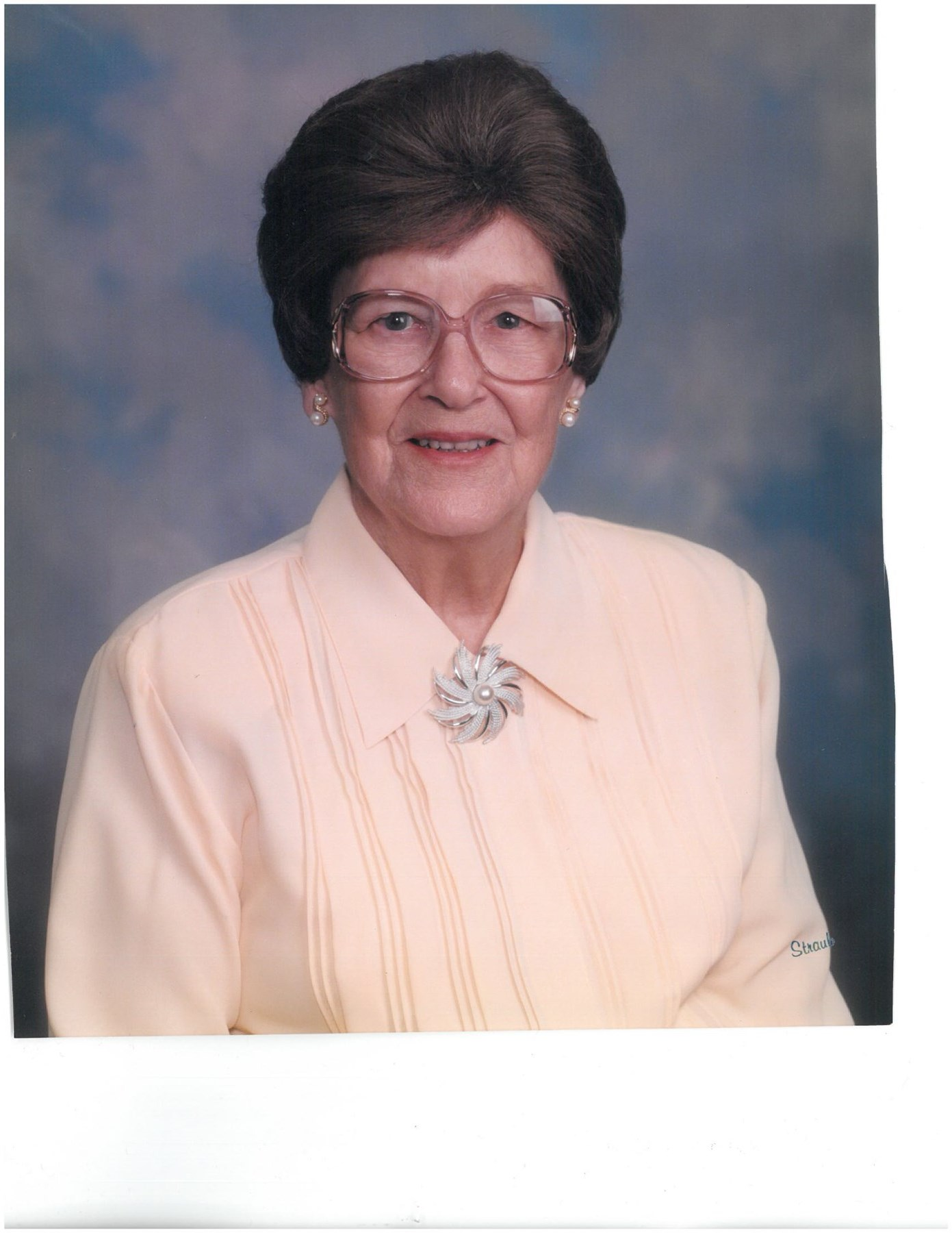 Mamie  Cline