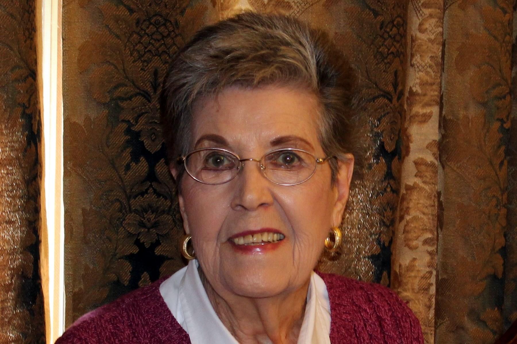 Helen Jean  Barnes