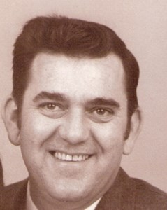 Douglas Lee  Tuttle