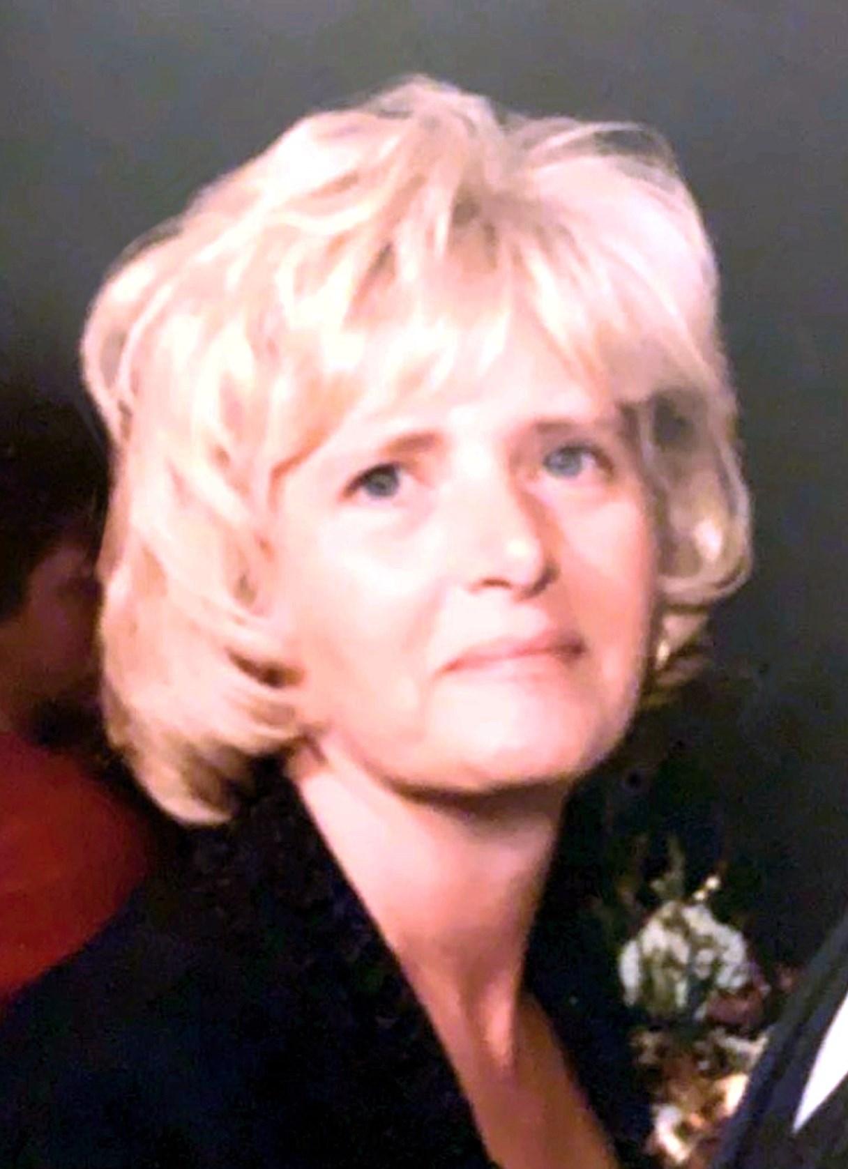 Carol J.  Yankura