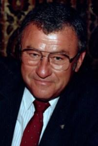 Robert James  Kakuska