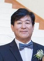 Yong Joo  Shin