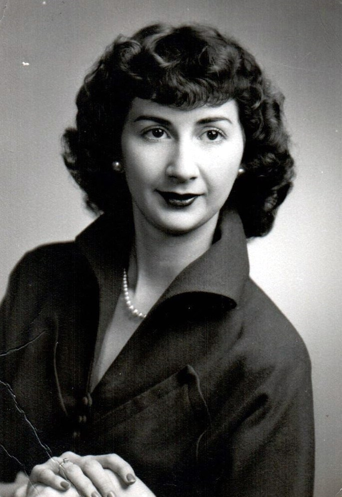 Lois Juanita  Trafton