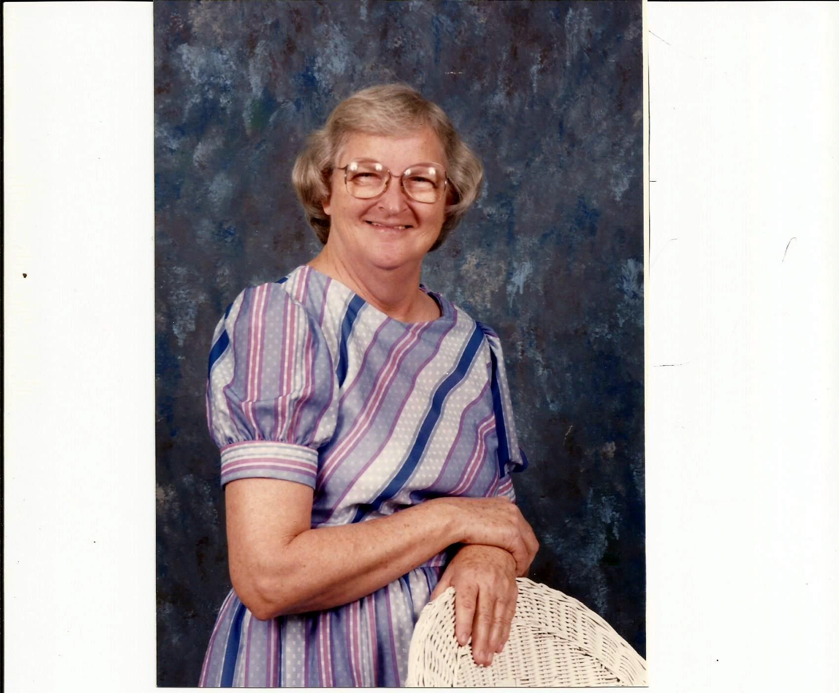 Phyllis Ann  Burdette