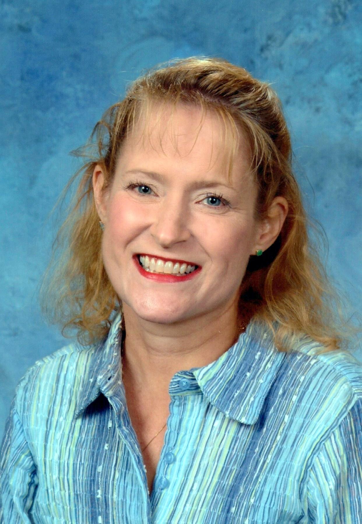 Mary Anne  Novia