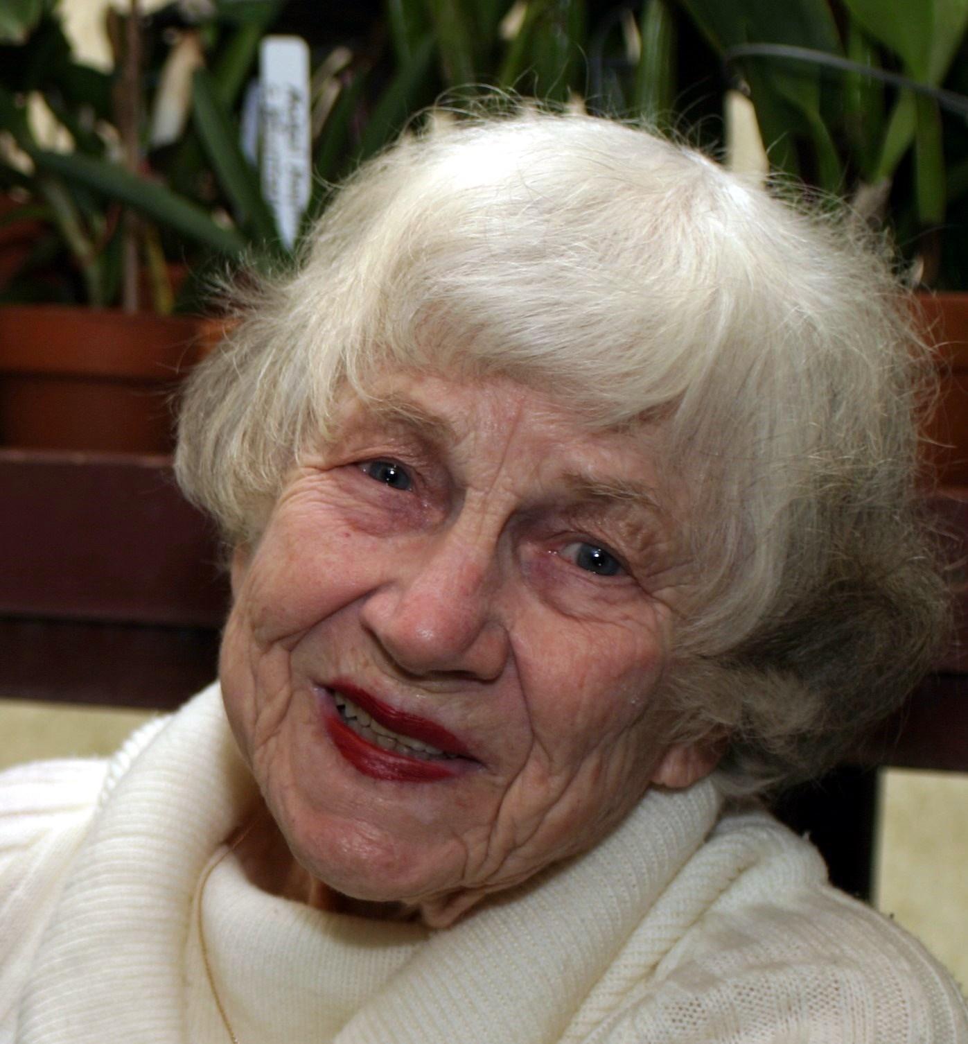Margaret Simpson  Gaut