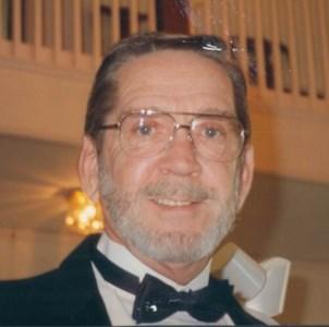 Edward Thomas  Howering