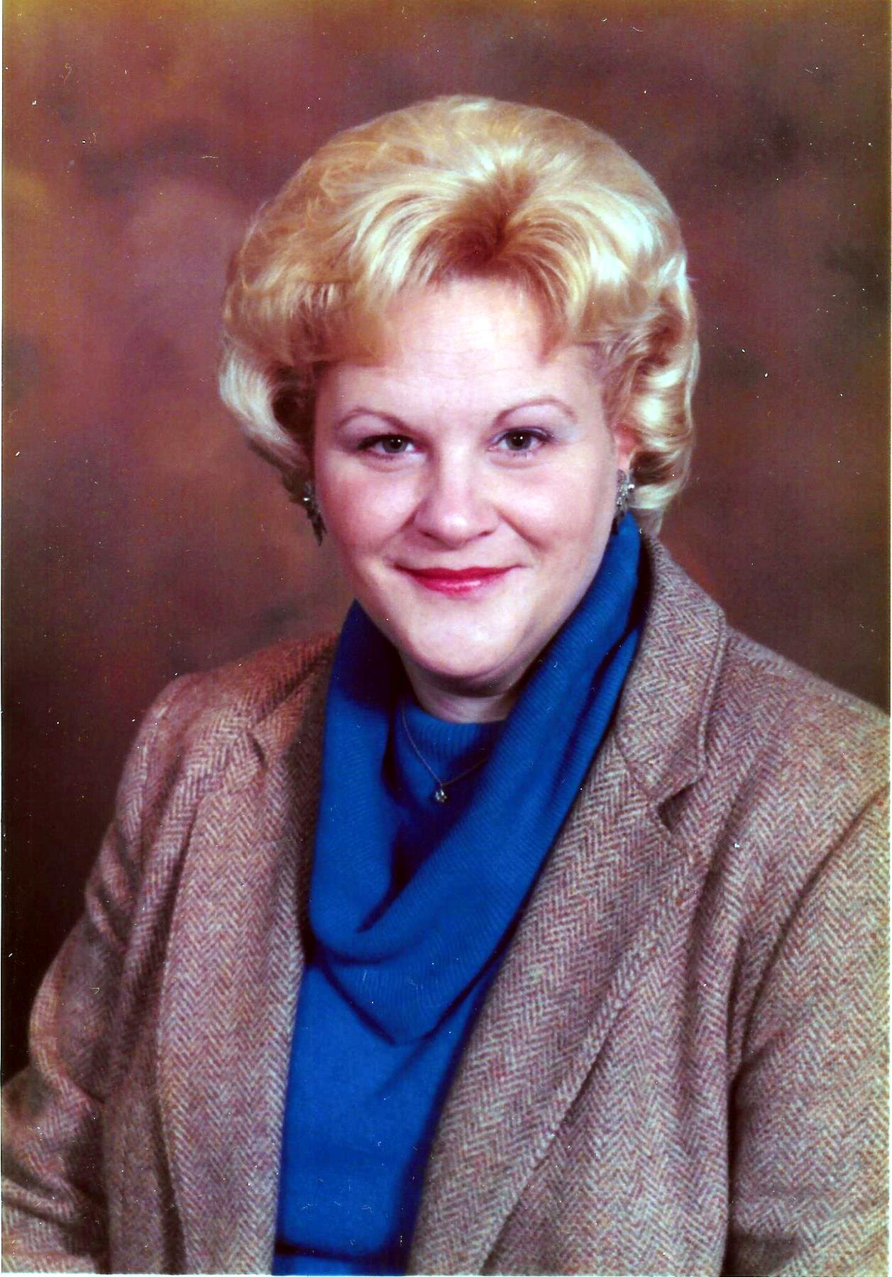 Elaine Marie  Berg
