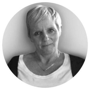 Brenda Christine  Perry