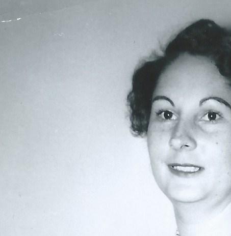Claudia Kelly  Longbottom