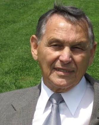 Kenneth  Andrews