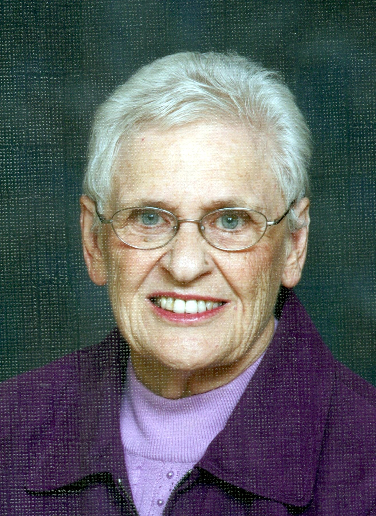 Helen Mary Carew Obituary - Courtice, ON