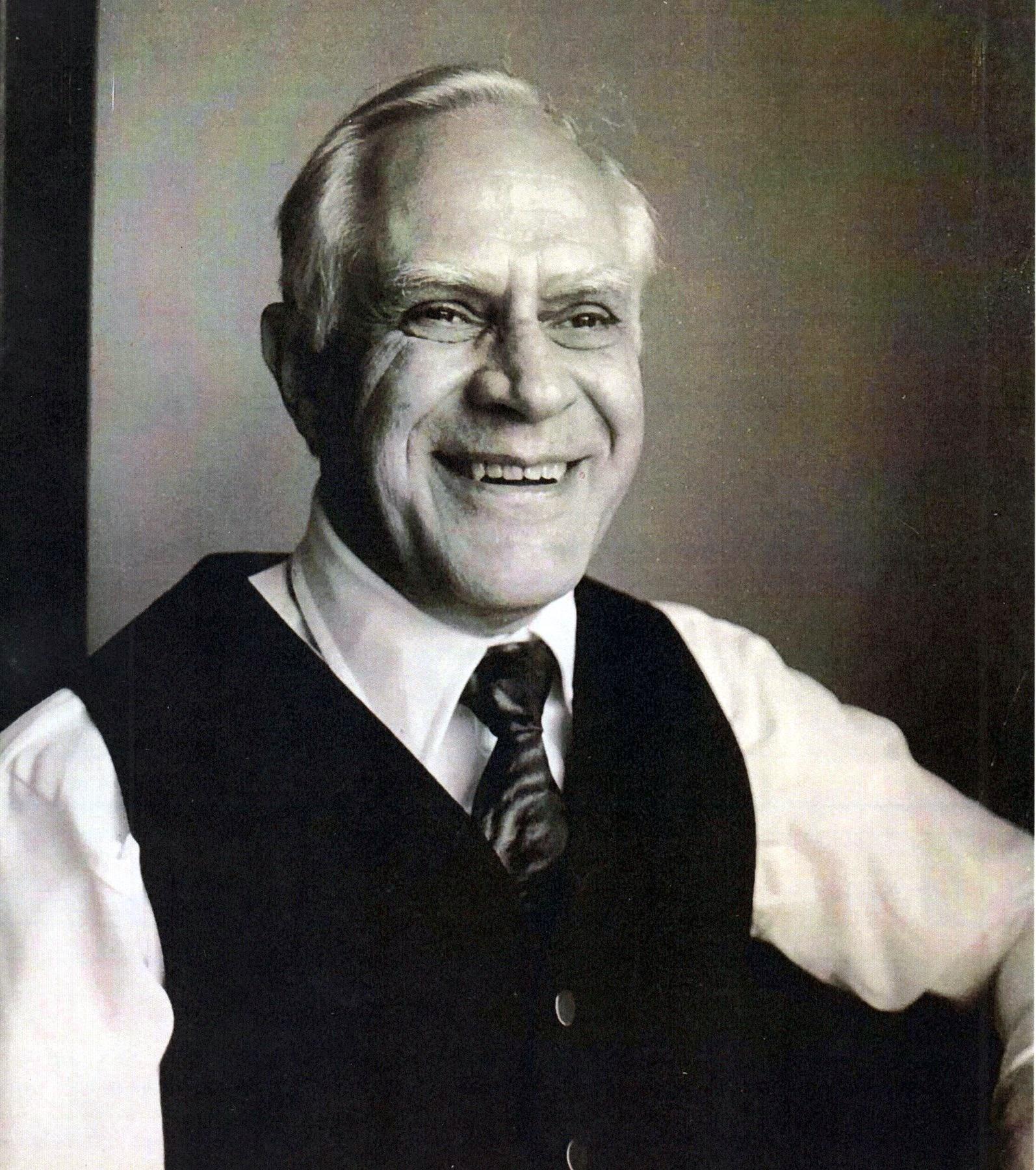 Lloyd Stewart  McBeth