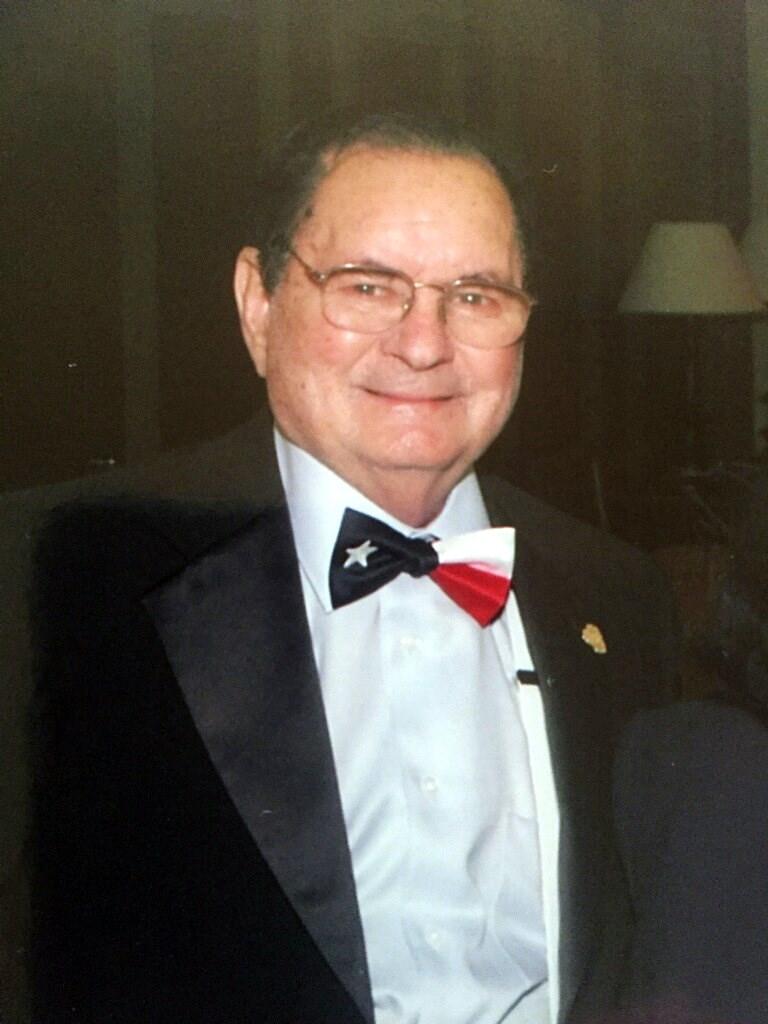 Ivan William  Knobler