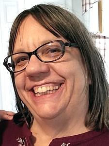 Laura M.  Chmielecki