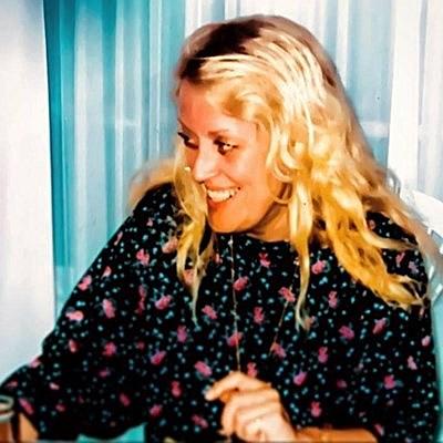 Ruth Feldhaus