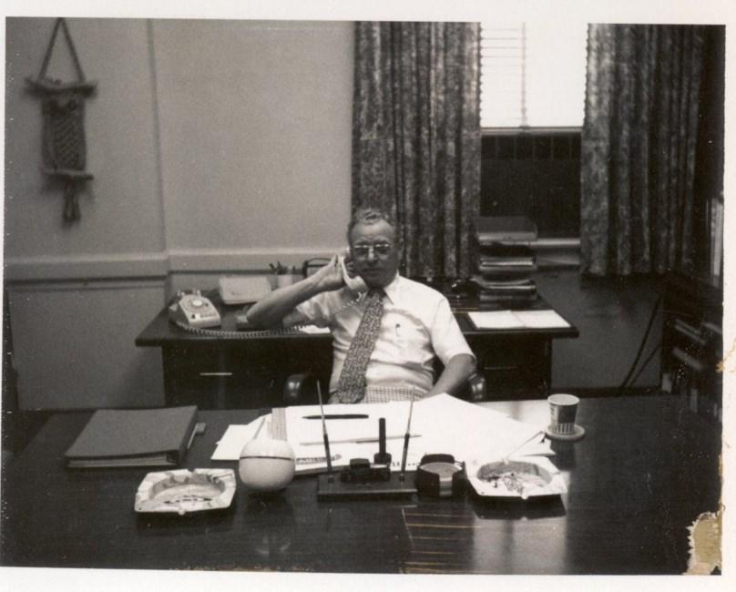 Edward E Ripplemeier Obituary - Evansville, IN