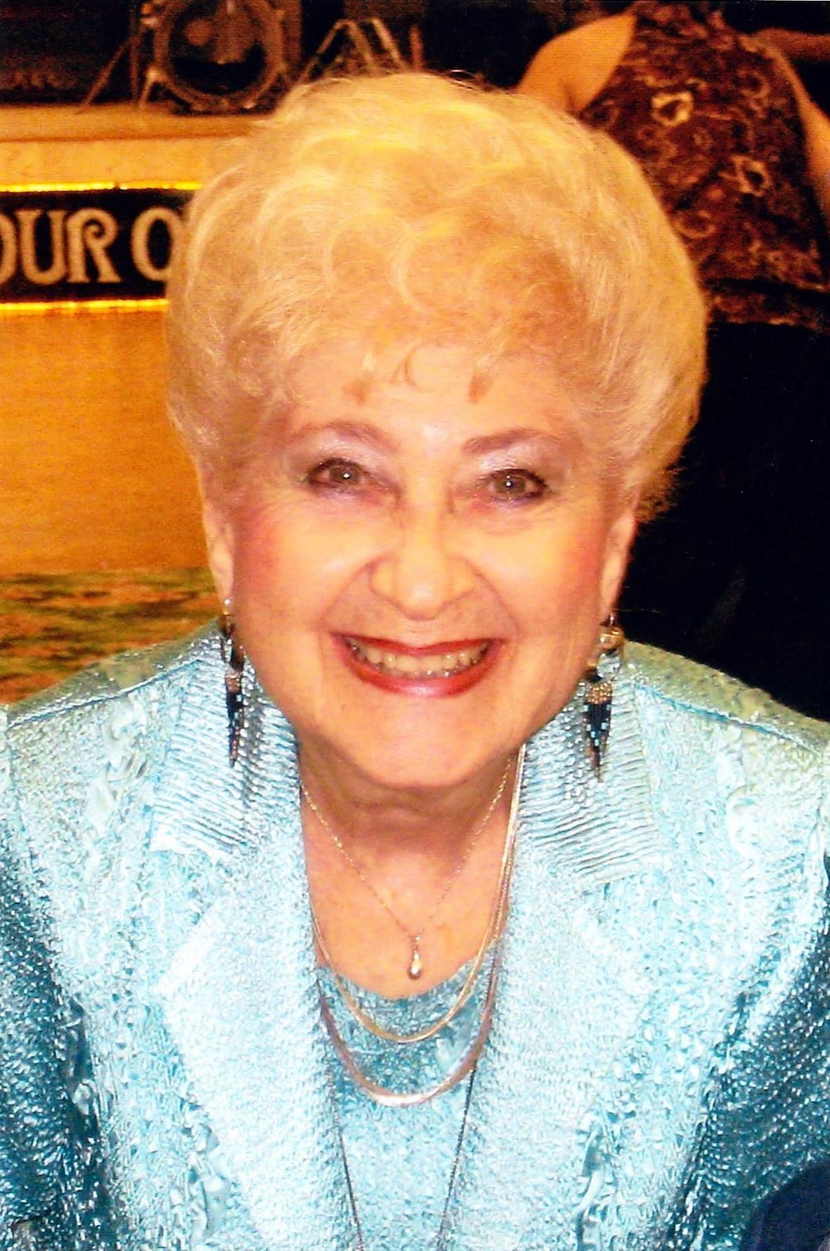 Charlotte  Vineburg