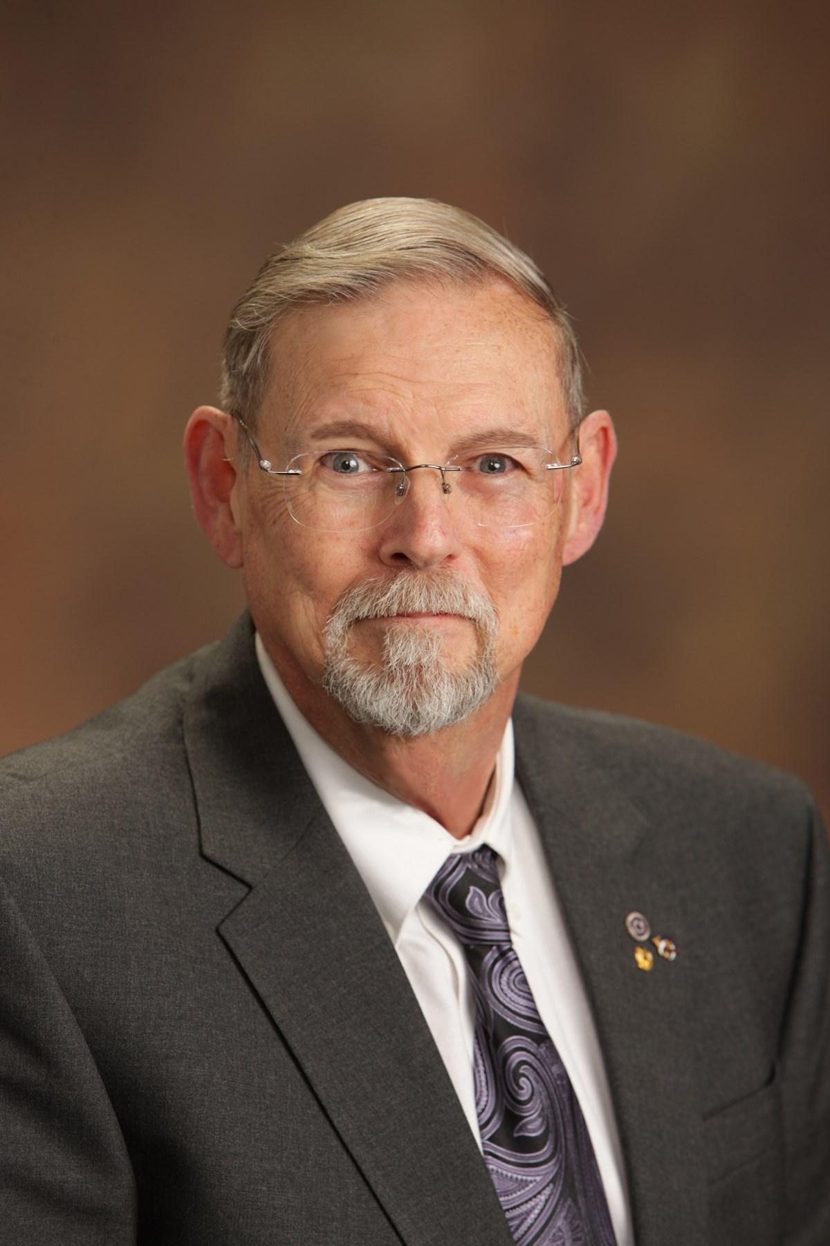 Lowell G  Brown Obituary - Wichita, KS