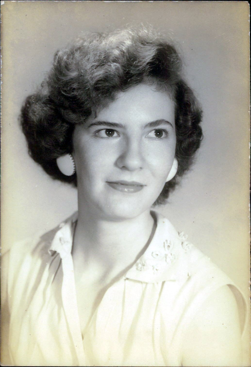 Virginia Carolyn  Buck