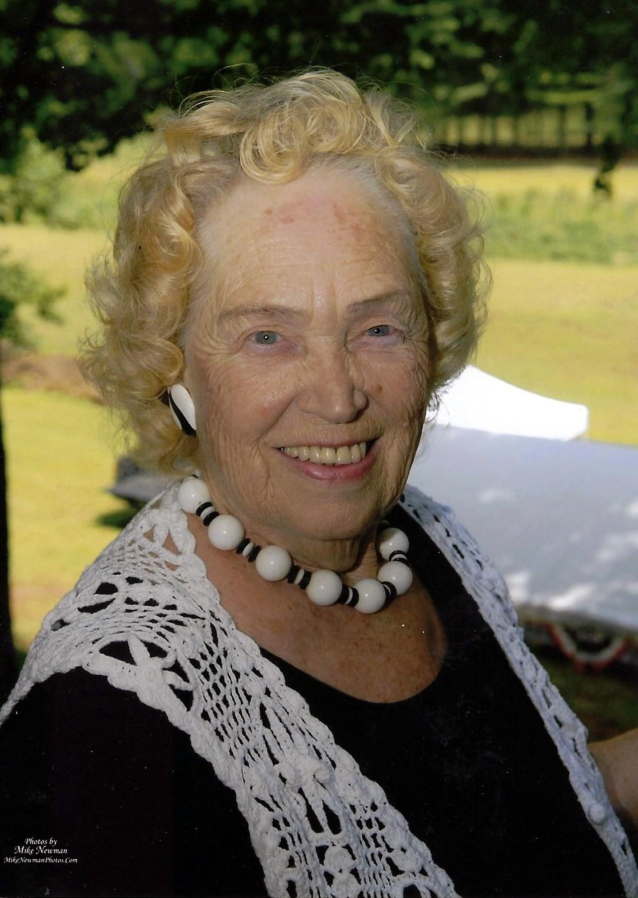 Marjorie Collins  Lampe