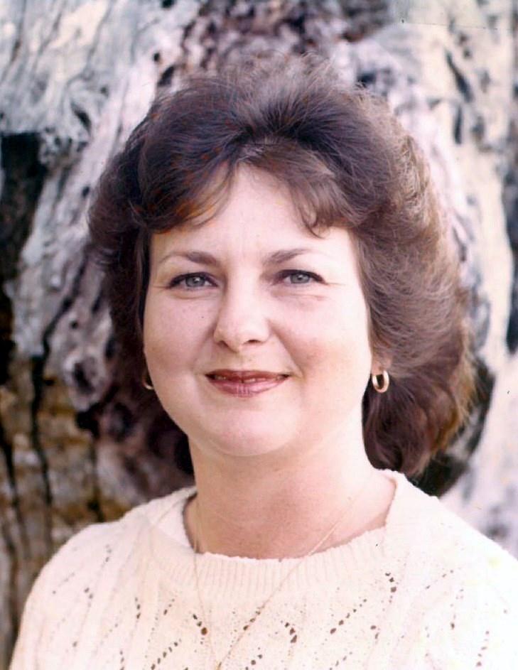 Bobbie Nell  Raum