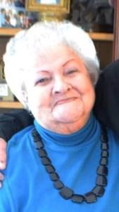Helen Mae  Benoit
