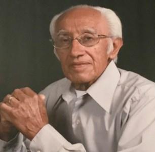 Luis Antonio  De Luna Sr.