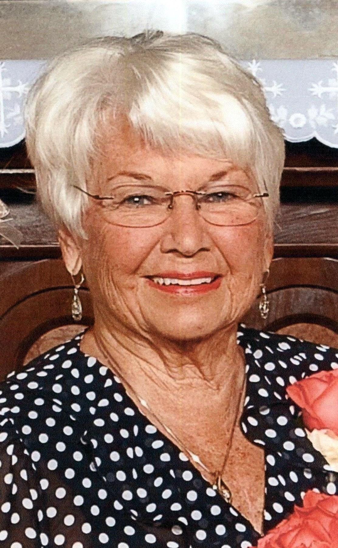 Joyce  Paquette