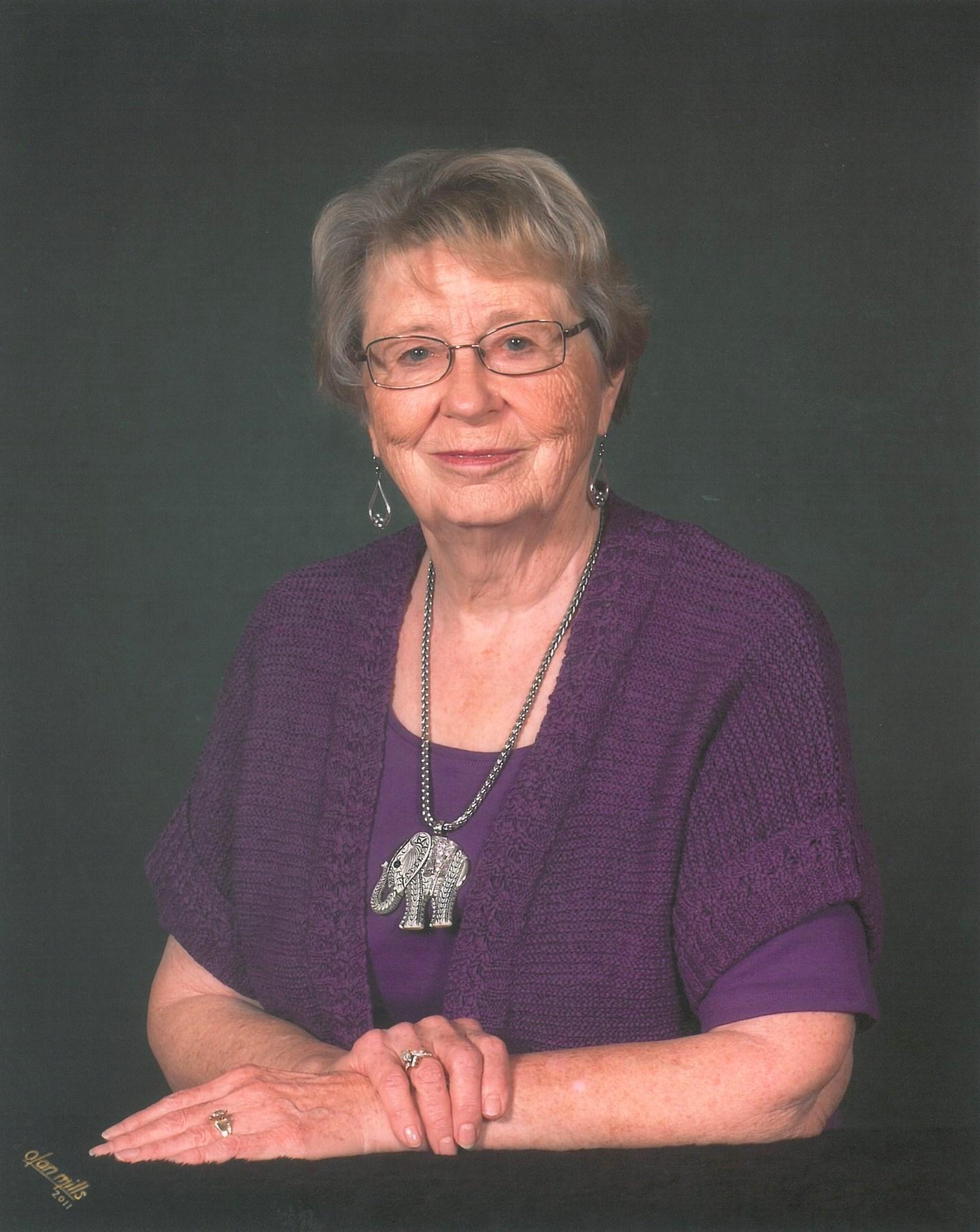 Grace Carol  Applewhite