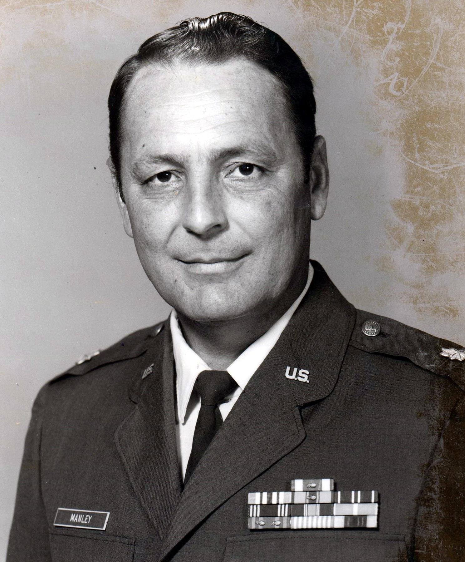 Bennie Don  Manley