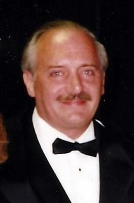 Robert VanGezelle
