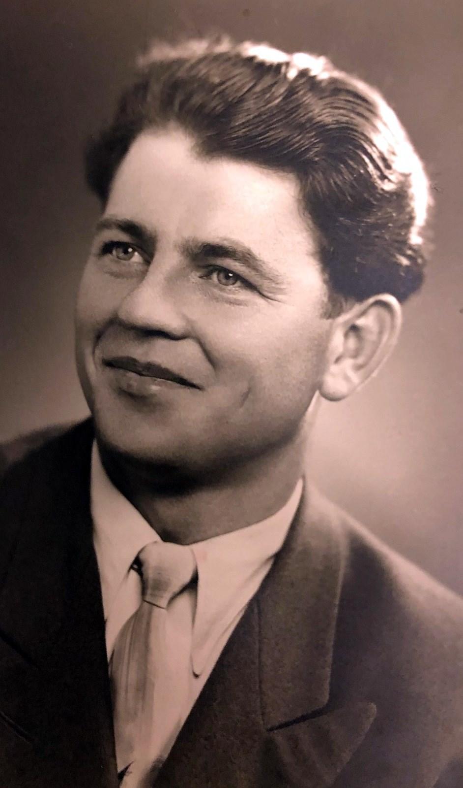 Edgar Arthur  Dedor