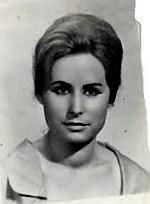 Julia Estrello