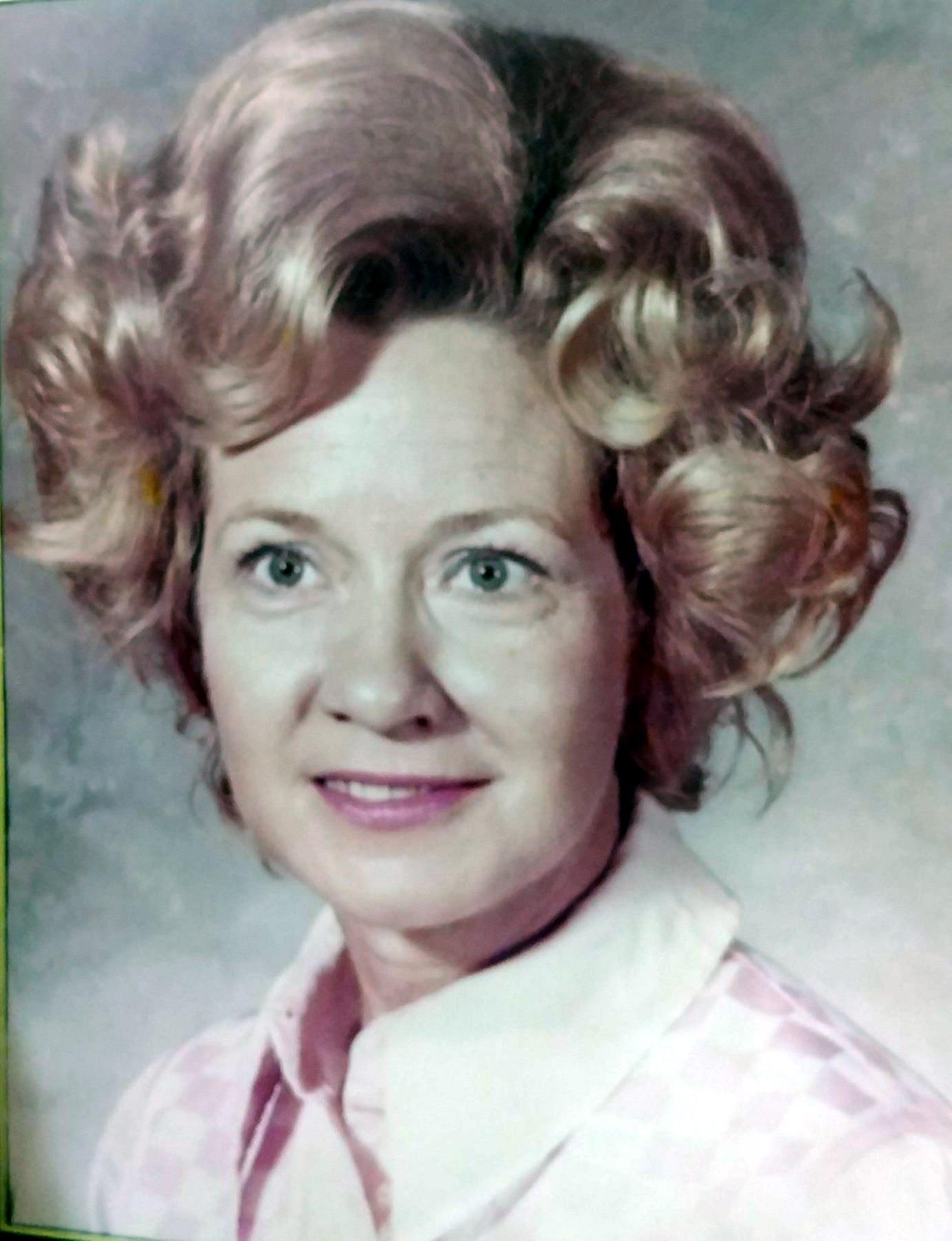 Lois Bonnie  Townsend