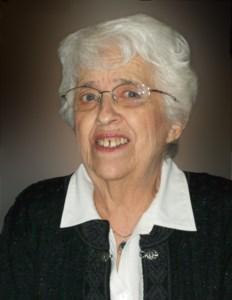 Evelyn E  Knutson