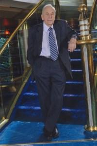 Dr. Paul Watkin  Roberts 0.M., C.C.F.P., F.C.F.P.