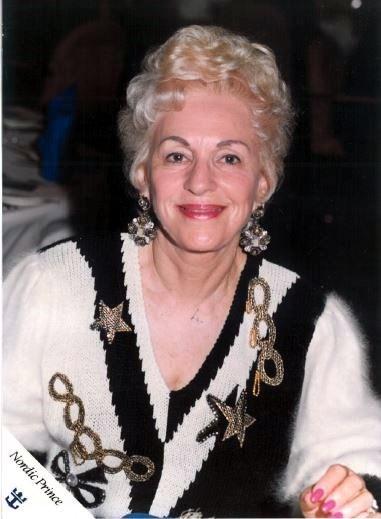 Roslyn Dorothy  Freedline