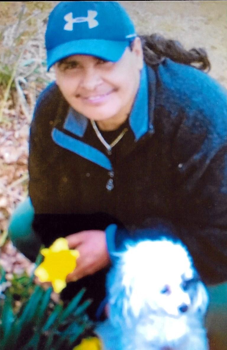 Ms. Gloria  Garza