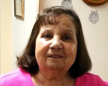 Julie  Labrecque