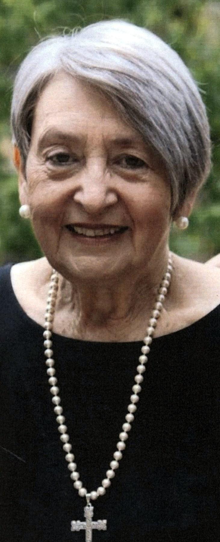 Carol Dianne  Lewis