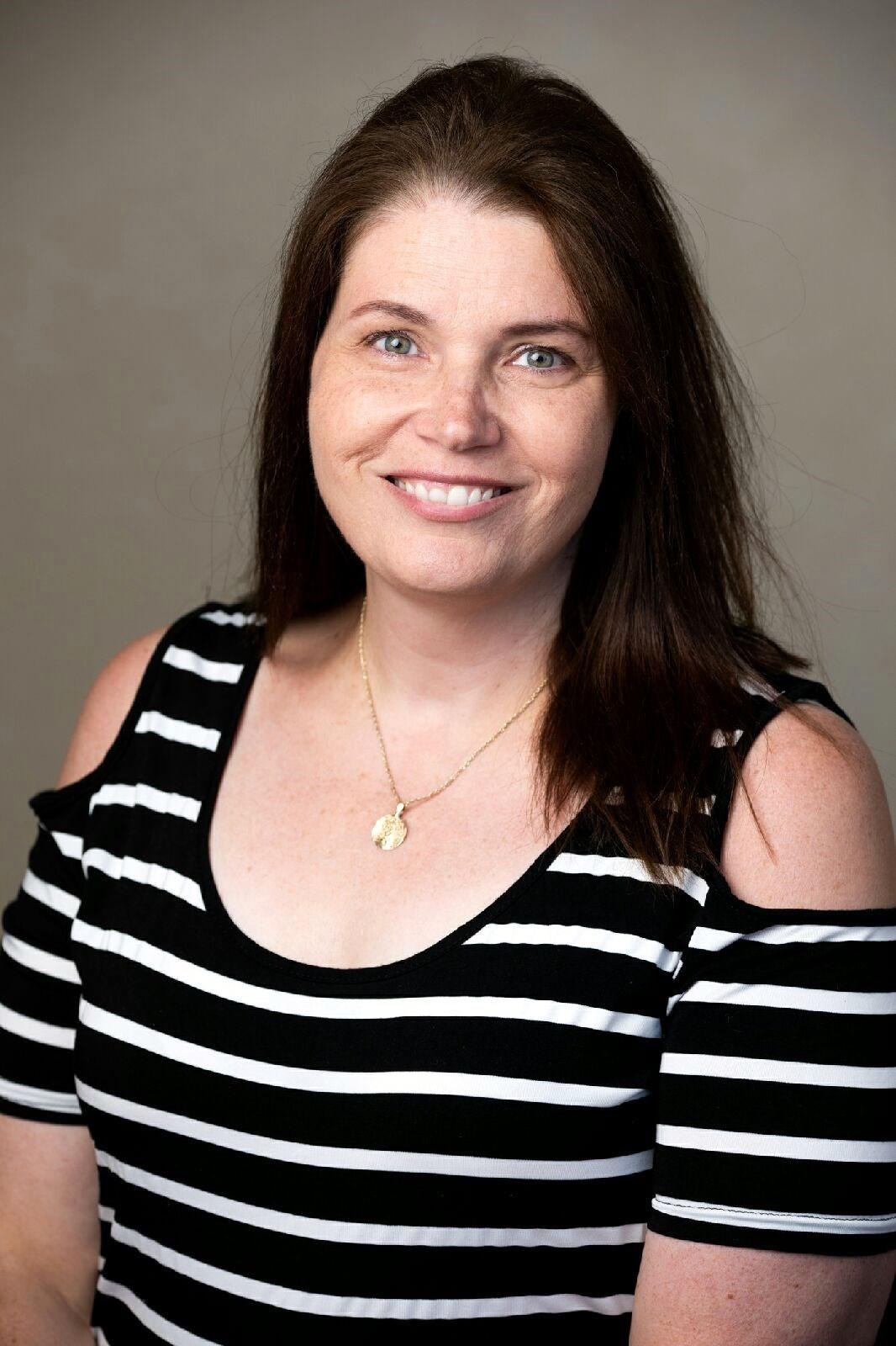Jennifer Marie  Dennis