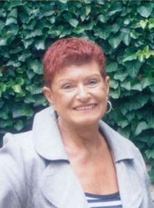 Wanda Helen  Molyneau