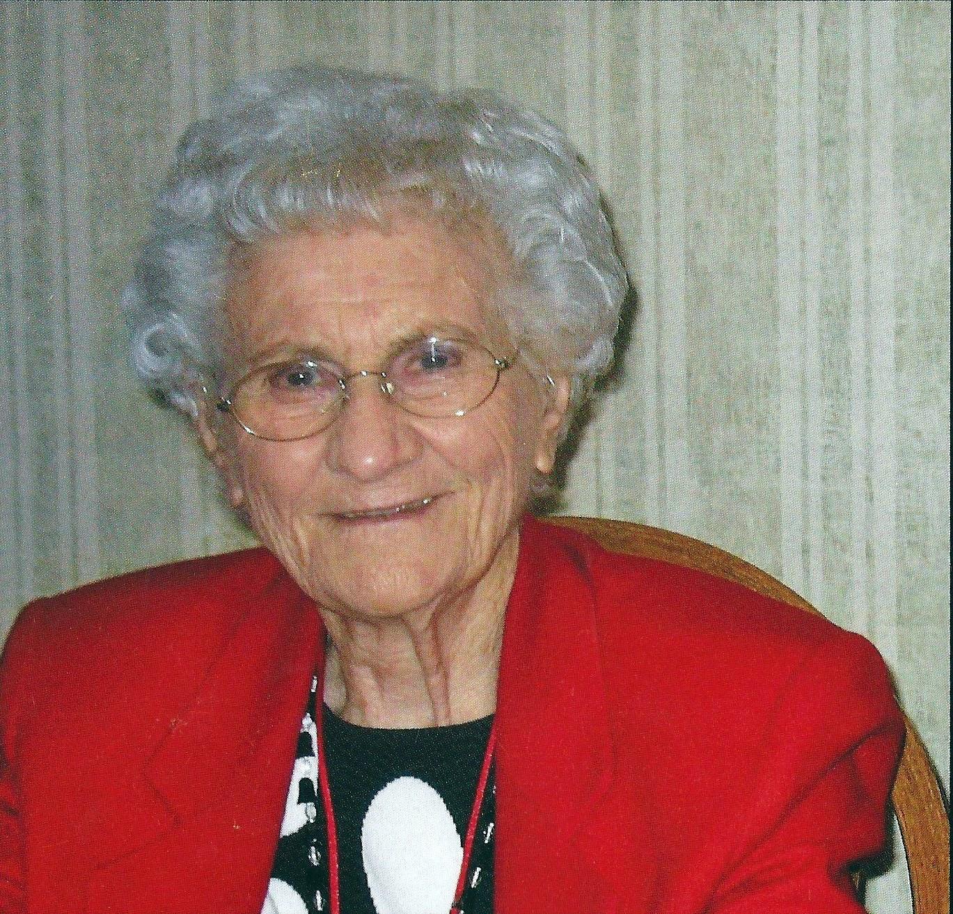 Velia  Garnis