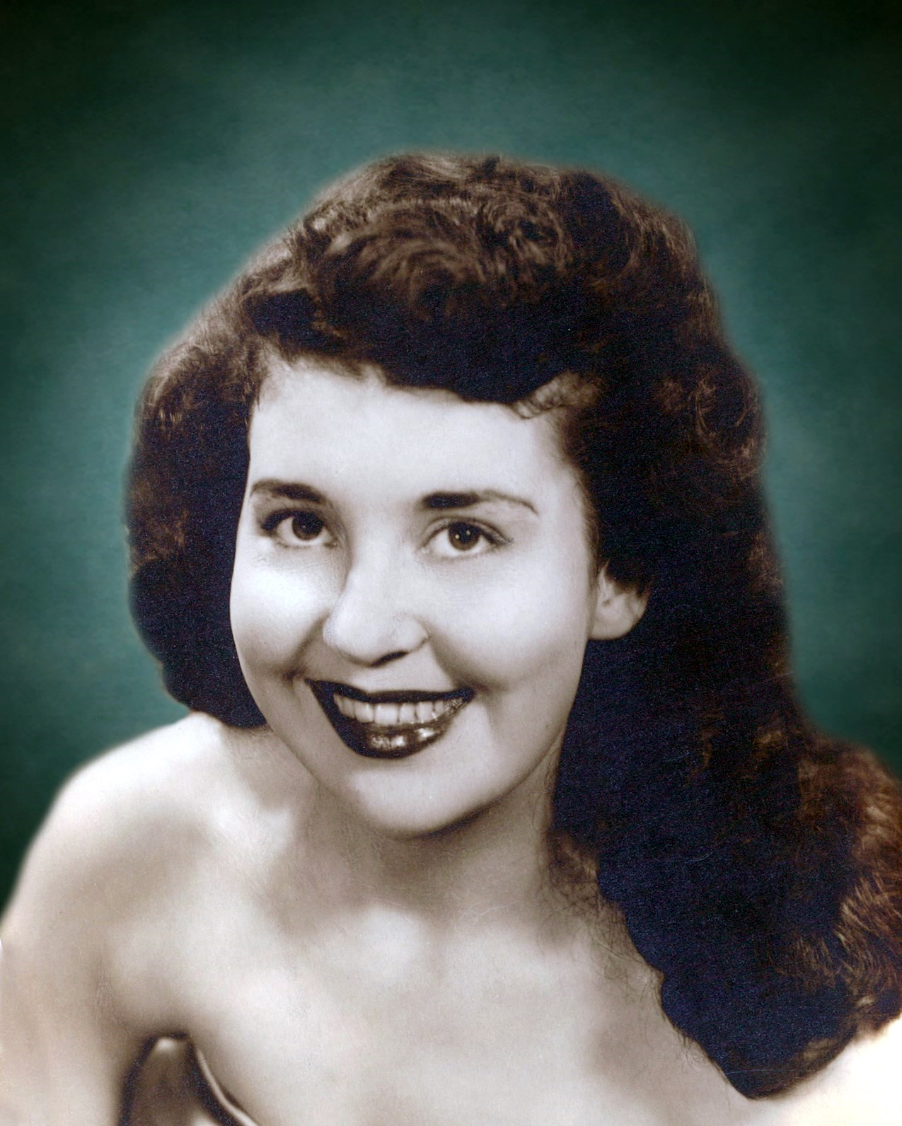 Martha Louise  Villines