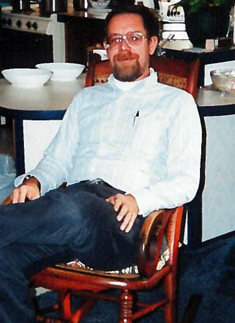 Earl Dennis  McClain